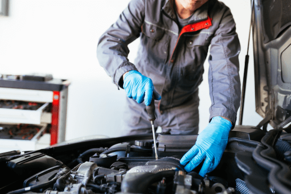Mechanic with gloves